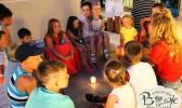 Отдых в Крыму с детьми. Заозерное. Гостиный двор Вояж. Вечерний огонек.